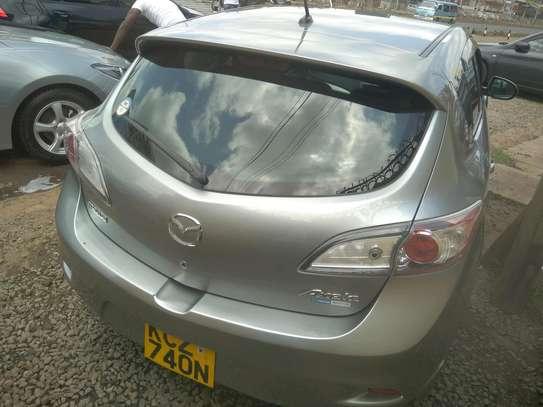 Mazda Axela2013 image 3