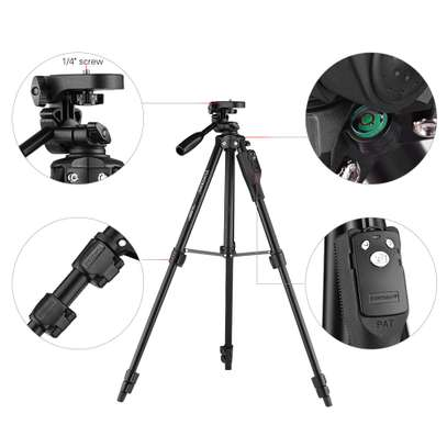 YUNTENG VCT-6808 Multi-functional Tripod for Phone with 3 Phone Holders 4-Section Telescoping Tripod Ball Head Remote Controller image 3