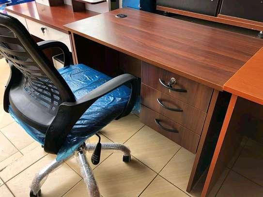 Office/study desks image 3