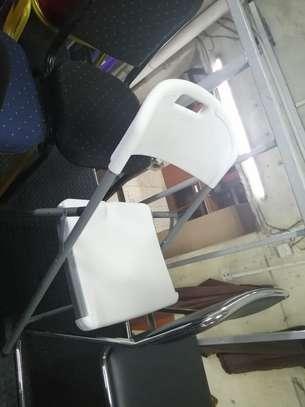 Vistor seats image 9