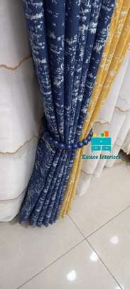 STYLED CURTAINS image 1