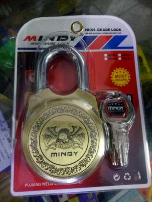 Mindy padlock