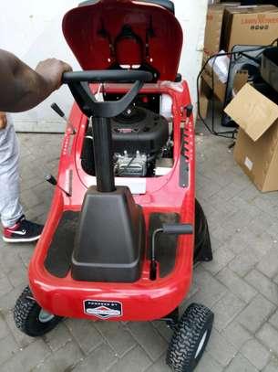 lawnmower image 2
