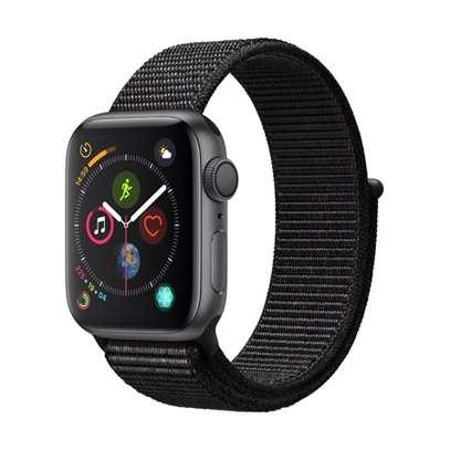 Apple Watch Series 4 40mm image 2