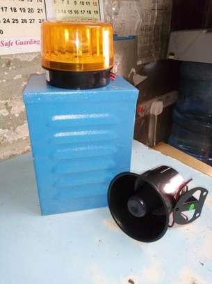 Siren Alarm kit (strobe,horn, holding box) image 1