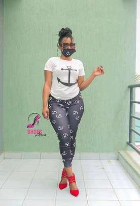 Top,pants & Mask image 4
