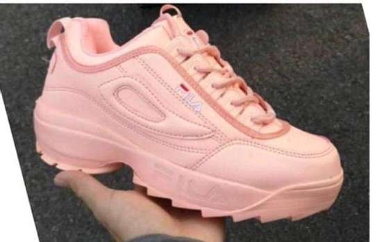 fila sports shoes image 1