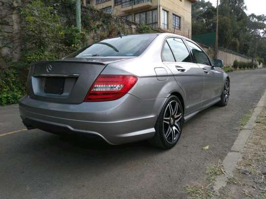 Mercedes-Benz C200 on sale image 3