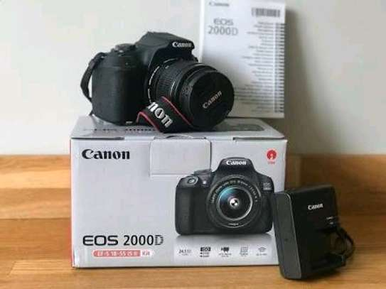 canon 2000D Camera In a shop image 1