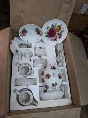 71pc dinner set/Dinner set image 1