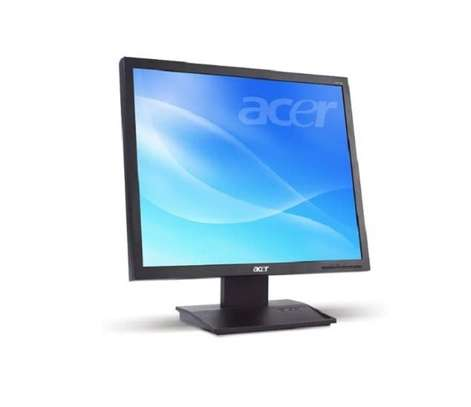 """17"""" Inches Acer monitor image 1"""