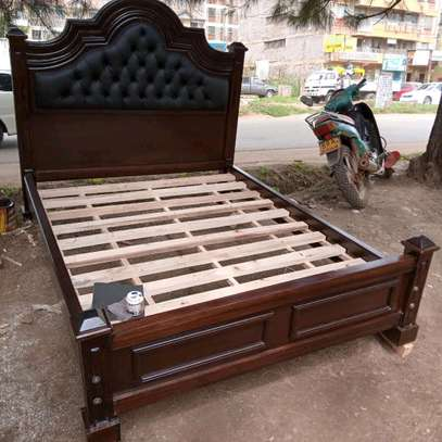 5 by 6 tufted beds