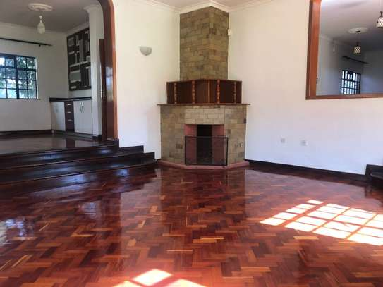 Furnished 6 bedroom house for rent in Runda image 6