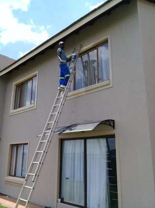 24 HR Handyman / Painting & Waterproofing / Electricians / Plumbers / Garden Services / Electricians / Carpenters / Plumbers & Painters.Call now. image 2