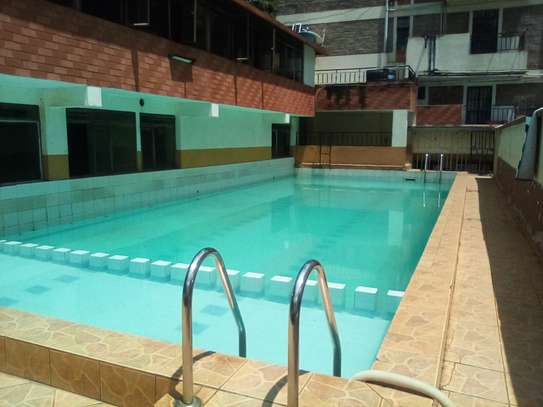 3 bedroom apartment for rent in Riara Road image 4