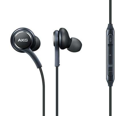 Samsung Earphones Tuned by AKG image 3