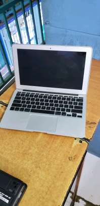 MACBOOK AIR  Laptops