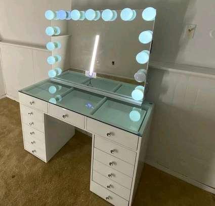 Modern dressing mirror image 1
