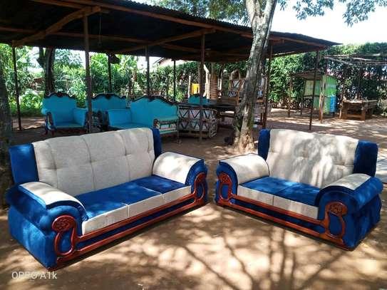 Quicy furniture image 10