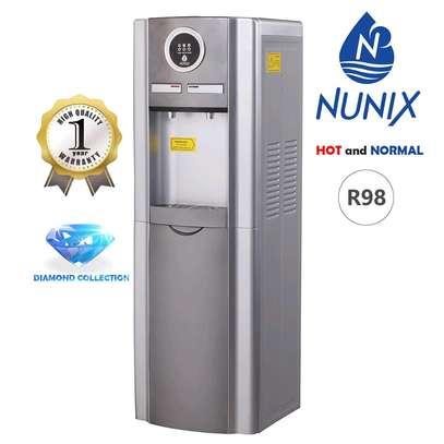 Water despenser hot and normal image 1