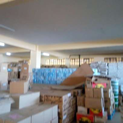 90000 ft² warehouse for rent in Juja image 8