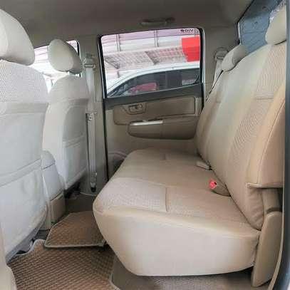 Toyota Hilux 2.5 D-4D image 9