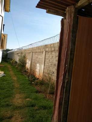 razor wire in kenya image 4