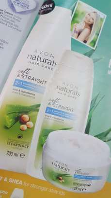Naturals Aloe & Macadamia 2-in-1 Shampoo & Conditioner