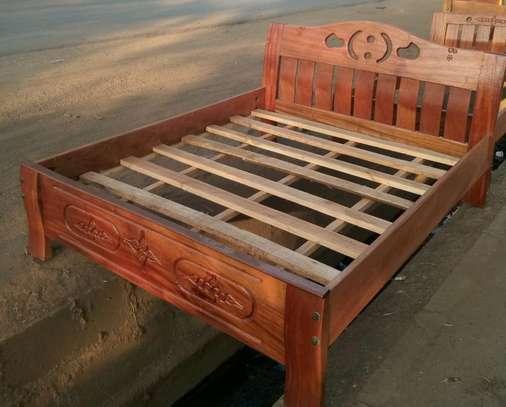 4 by 6 mahogany bed 11.0tvt image 1