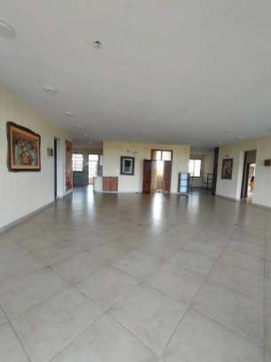3 bedroom apartment for sale in Tudor image 7
