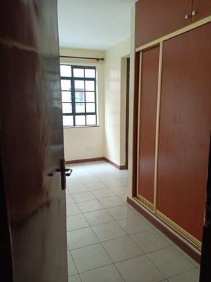 ELEGANT 3 BEDROOM ALL ENSUITE APPARTMENT WITH DSQ IN KILELESHWA image 5