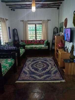 2 bedroom house for sale in Watamu image 4