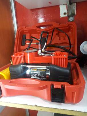Dera Tire Portable Compressor 12V