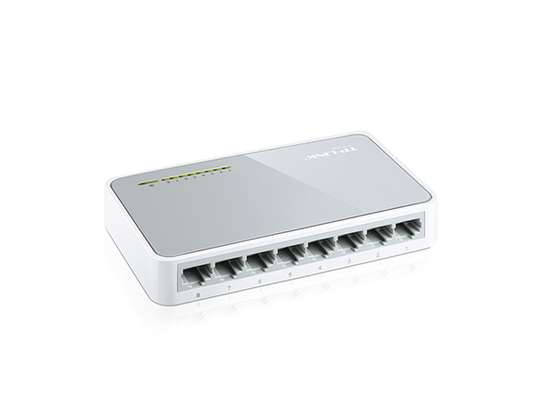 Tp link  8 Ports Switch image 1
