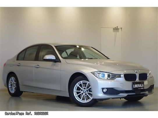 BMW 3 Series image 1