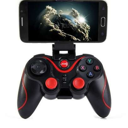 Bluetooth 4.0 Wireless Gamepad Controller Joystick For Android Phone - Black And Red.