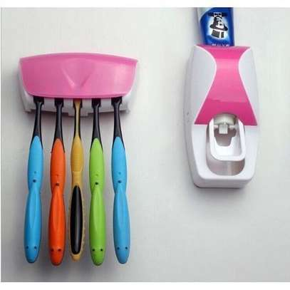 Hands Free ToothPaste Squeezer & ToothBrush Holder Kit image 1