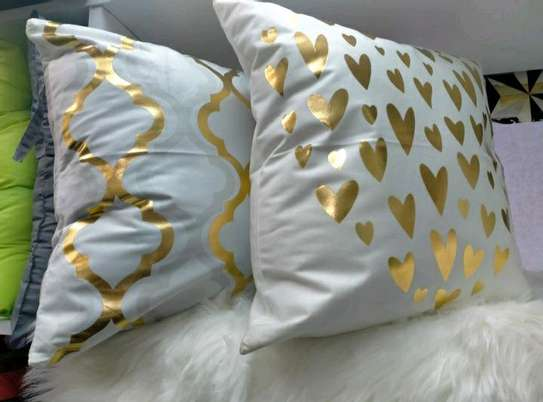 IMPORTED QUALITY THROW PILLOWS image 3
