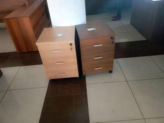 Side drawer's image 1
