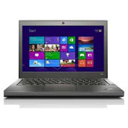 "Lenovo X240 Core i5 4th 4gb/500gb 13"" Refurb image 1"