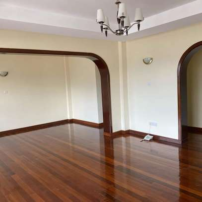 Smart and clean 3 bedroom apartment all ensuite image 9