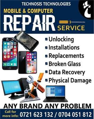 Phone and computer repair image 2