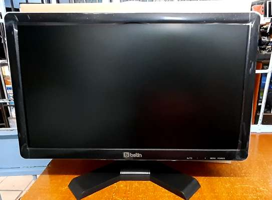 Tft 18.5 inches Brand new..Betin model image 1