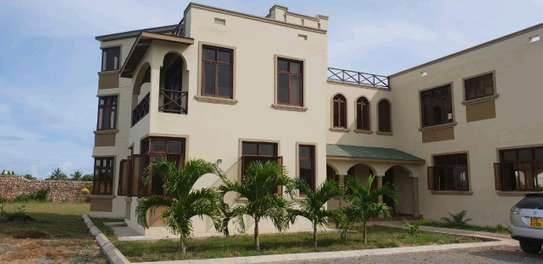 Prime Furnished Property for Sale in Vipingo Beach image 5