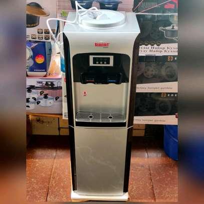 Redberry Water dispenser image 2