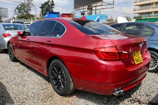 BMW 520i image 2