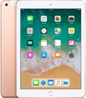 iPad 6th Generation WiFi + cellular image 2
