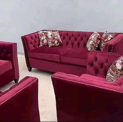 Beautiful Modern Quality 5 Seater Chesterfield Tuxedo Sofa image 2