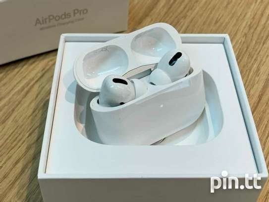 AirPods Pro Replica With charging Case image 1