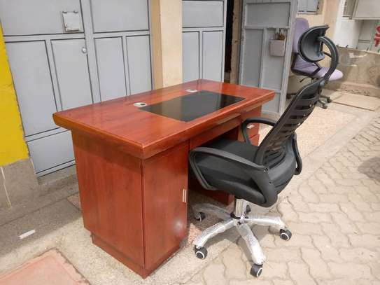 Executive desk 1.4 + chair image 1
